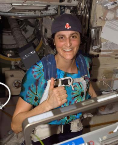 Suni Williams in Space with JustZen t-shirt