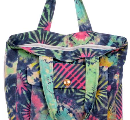 tie-dye tote bag main zipper