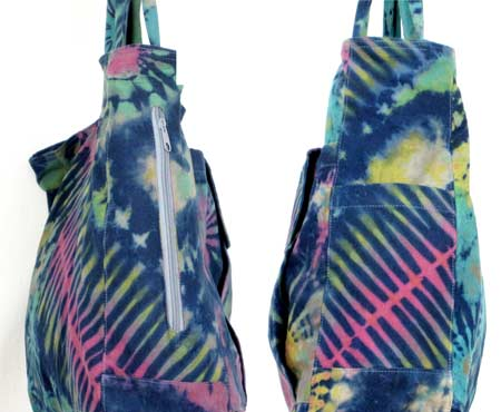tie-dye tote bag side pockets